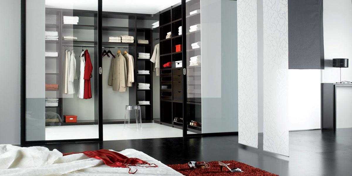 chambre équipée de placards et dressing Coulidoor